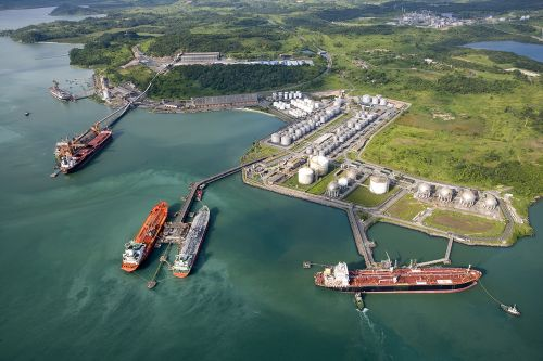 Porto de Aratu (BA)/ Foto de Tadeu Miranda